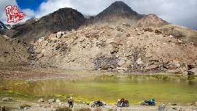 himalayan-lakes-come-in-varied-colors
