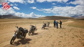the-himalaya-bike-tour-that-gives-you-an-experience-of-a-lifetime