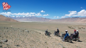 the-vast-open-himalayan-plains-of-ladakh