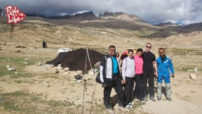 a-visit-to-the-nomads-of-ladakh