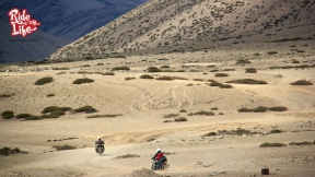 riding-in-the-middle-of-nowhere